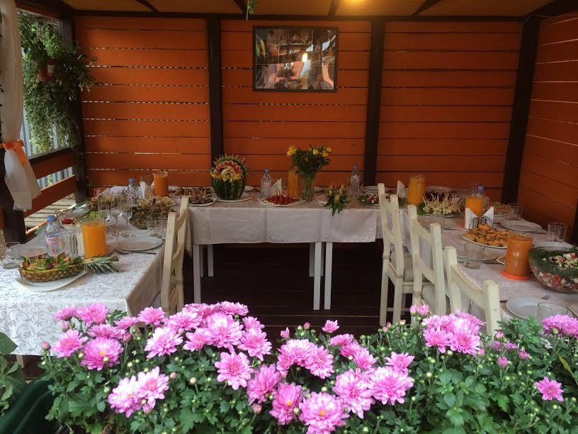 Залы с едой